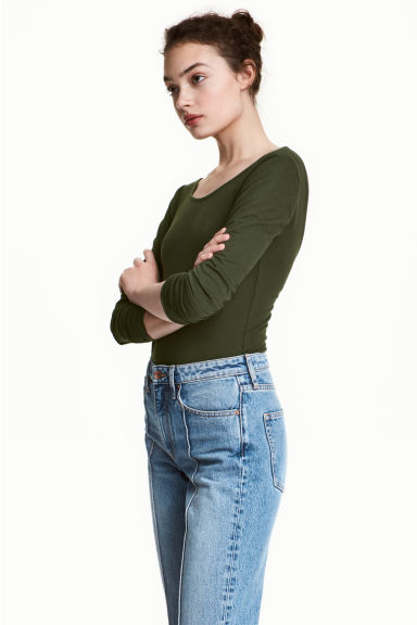 Long-sleeved body Model