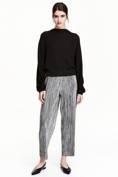 Pleated trousers - Grey marl -  | H&M GB 1