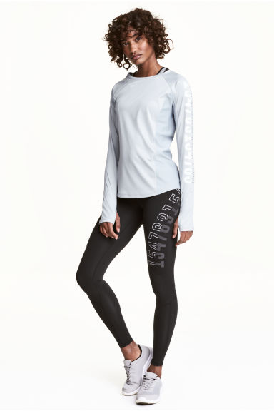 Compression fit running tights Model
