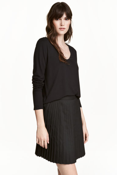 V-neck jersey top - Black - Ladies | H&M GB 1