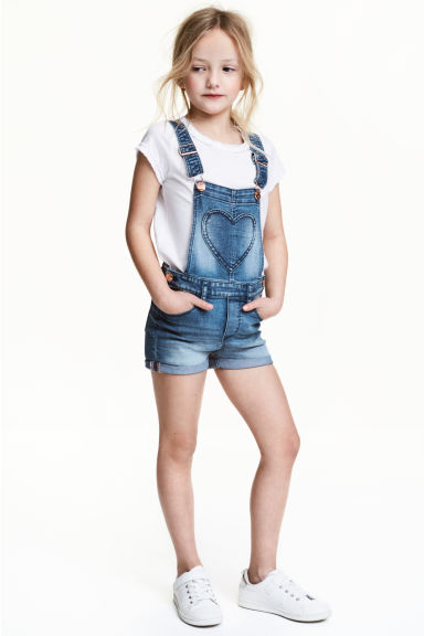Denim dungaree shorts - Denim blue - Kids | H&M