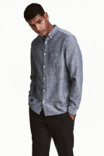 Camicia in misto lino - Blu scuro - UOMO | H&M IT 1