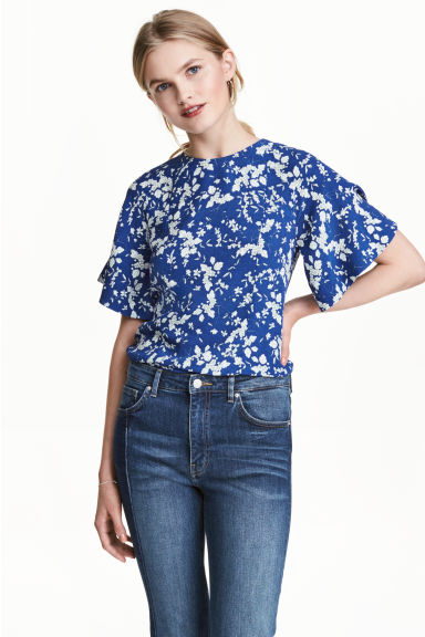 Blouse with trumpet sleeves - Dark blue/Floral - Ladies | H&M 1
