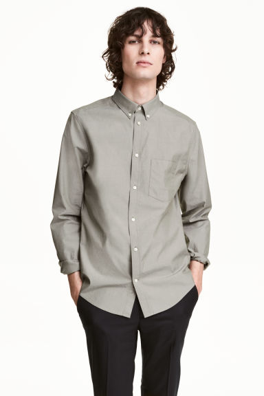 Premium cotton Oxford shirt - Mole - Men | H&M