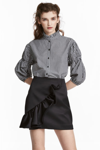 Frilled satin skirt - Black -  | H&M CA 1