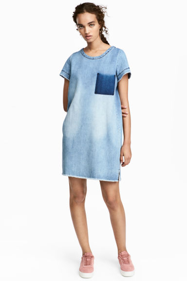 Short denim dress - Denim blue - Ladies | H&M CN 1