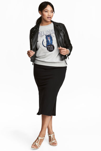 H&M+ Jersey pencil skirt Model