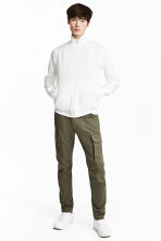 Cargo trousers - Khaki green - Men | H&M GB 2