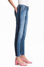 Straight Cropped Regular Jeans - Denim blue - Ladies | H&M 1