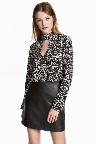 縐紗女衫 - Black/White/Patterned - Ladies | H&M 1