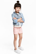Short twill shorts - Light pink - Kids | H&M 1