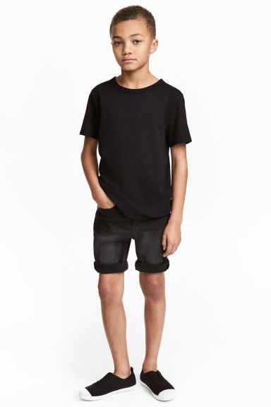Shortsit Skinny fit - Musta washed out - Kids | H&M FI 1