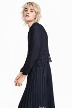 Short blouse - Dark blue - Ladies | H&M 1