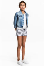 Jersey shorts - White/Dark blue/Striped - Kids | H&M CN 1