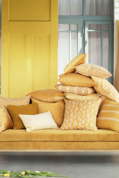 Moss-knit cushion cover - Mustard yellow - Home All | H&M CN 1