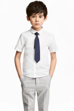 Shirt with tie/bow tie - White -  | H&M CN 1