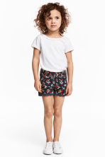 Twill shorts with lace - Dark blue/Strawberries - Kids | H&M 1