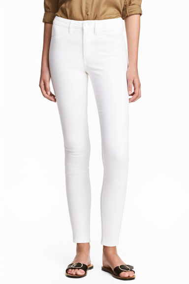 Skinny High Ankle Jeans Model