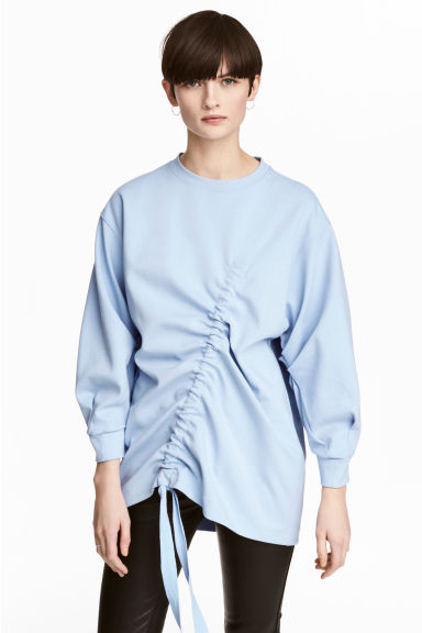 Sweatshirt with a drawstring Model