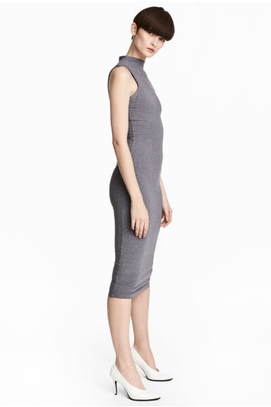 Bodycon dress Model