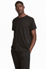 T-shirt con taschino - Nero - UOMO | H&M IT 1