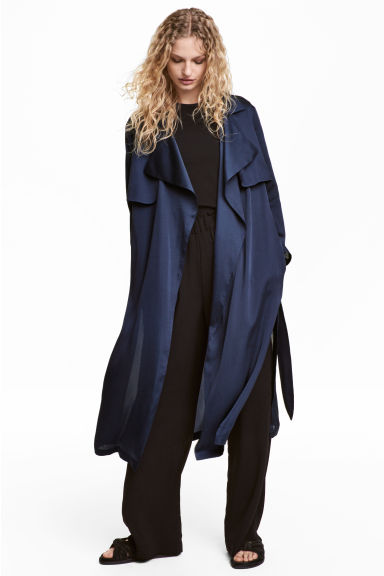Satin trenchcoat - Dark blue -  | H&M CA 1