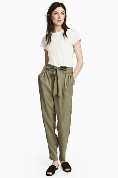 Lyocell trousers - Khaki green - Ladies | H&M CN 1