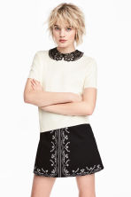 Fine-knit top with a collar - Natural white - Ladies | H&M CA 2