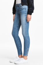 Skinny Low Jeans - Mid denim blue - Ladies | H&M IE 2