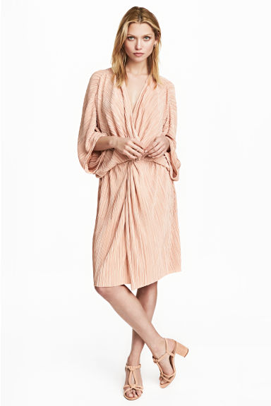 Pleated dress - Powder - Ladies | H&M CN 1