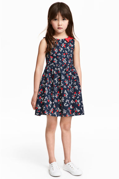 Patterned cotton dress - Dark blue/Strawberries - Kids | H&M 1