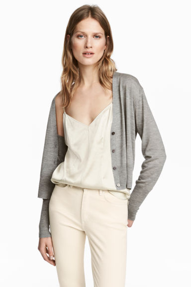 Cashmere-blend cardigan Model