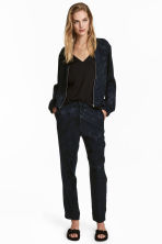 Pull-on trousers - Dark blue/Patterned - Ladies | H&M CN 1