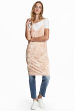 Crushed velvet dress - Light beige -  | H&M 1