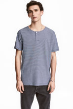 T-shirt with buttons - Dark blue/Narrow striped - Men | H&M 1