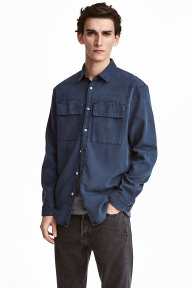 Utility shirt Regular fit - Dark denim blue - Men | H&M