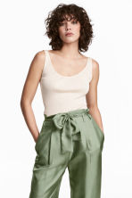 Ribbed silk-blend top - Natural white - Ladies | H&M CN 1