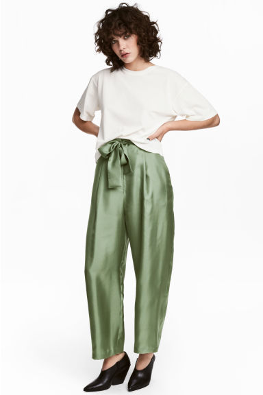 Wide silk trousers - Green - Ladies | H&M CN 1