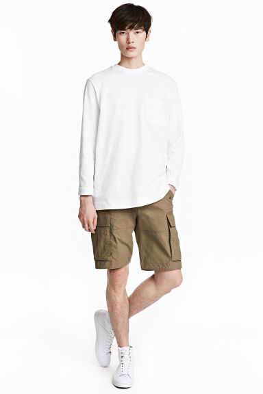 Cargo shorts - Khaki - Men | H&M
