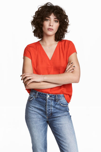 V-neck blouse - Red - Ladies | H&M CN 1