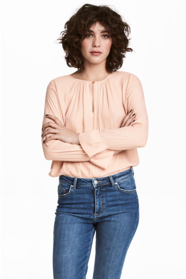 Long-sleeved blouse - Powder - Ladies | H&M 1