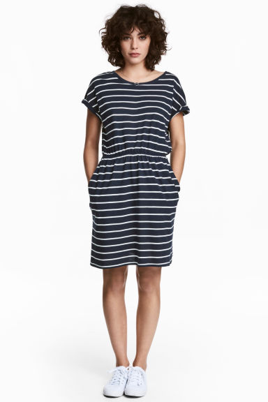 短袖平紋洋裝 - Dark blue/Striped - Ladies | H&M 1