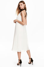 Pleated dress - Natural white - Ladies | H&M 1