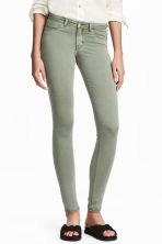Feather Soft Low Jeggings - Dusky green - Ladies | H&M CN 1