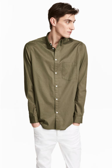Cotton shirt Regular fit - Khaki green -  | H&M 1