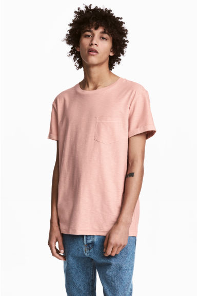 T-shirt with a chest pocket - Dusky pink -  | H&M 1