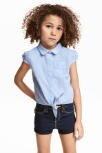 Tie-front seersucker blouse - Blue/White/Striped - Kids | H&M CN 1