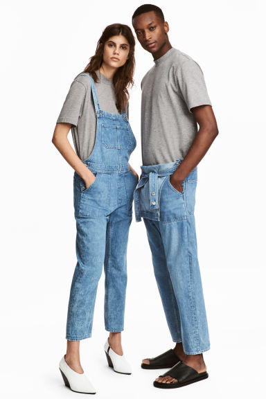 Uni Dungarees Modell