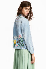 Embroidered denim jacket - Light denim blue/Floral - Ladies | H&M 1