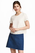 Top with a scalloped trim - Natural white - Ladies | H&M 2